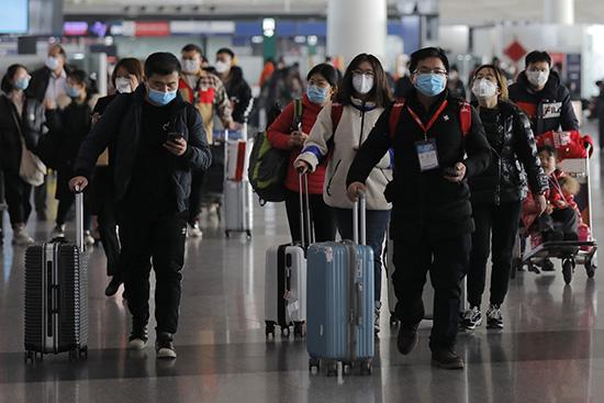 Как происходит проверка на коронавирус в аэропортах