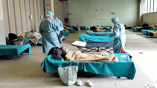 Коронавирус: умирают люди от 60 лет, детям инфекция практически не страшна